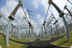 南方电网±500千伏溪洛渡直流工程单回今年首次满负荷运行