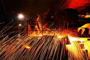 国资委:央企目前化解钢铁产能1600万吨 煤炭6200万吨