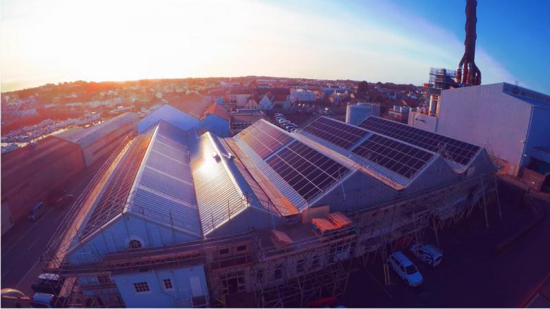 根西岛公用事业推出第一个太阳能屋顶阵列