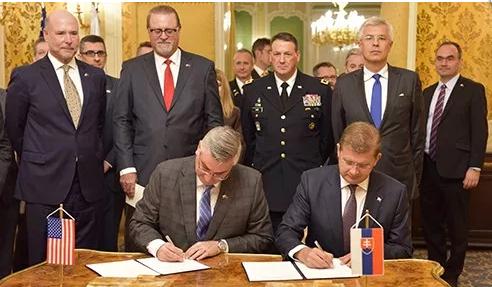 印第安纳州与斯洛伐克加强合作