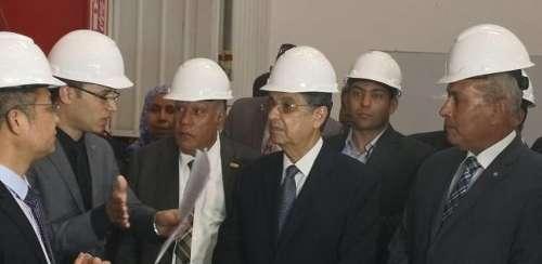 埃及电力部长:加强输电网络