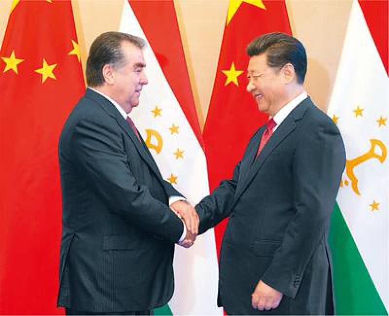 Mamnoon和塔吉克总统讨论双边关系