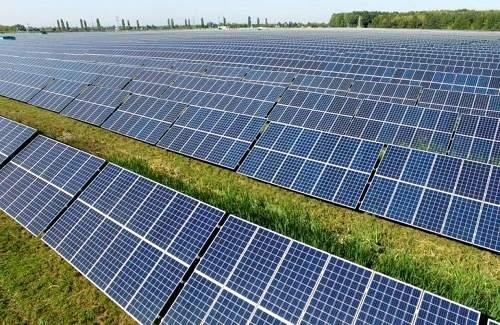 乌克兰建造太阳能发电厂,将为1000个家庭提供电力