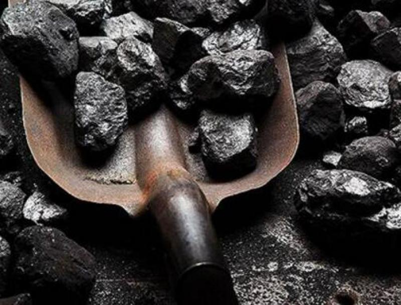 煤价陷高位僵局 业内人士称煤炭进口出现松动迹象