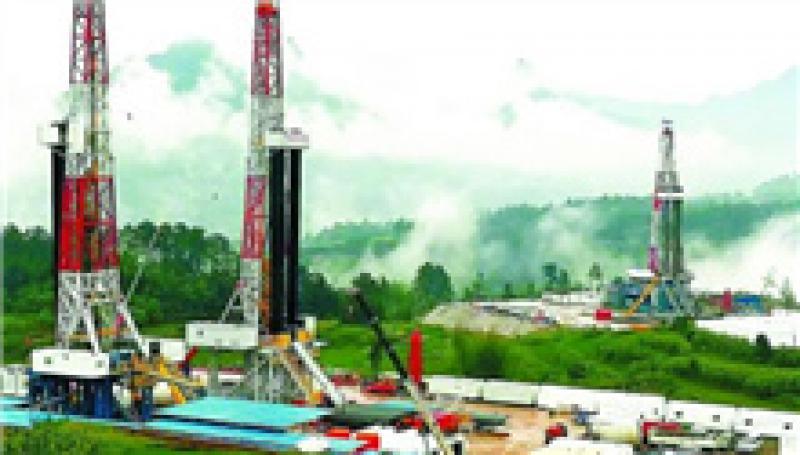 伊拉克石油部长提议暂缓重审减产协议但遭否决