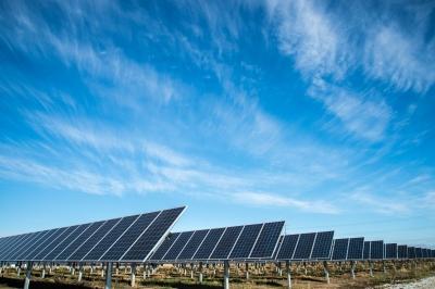 印度将提供100,000兆瓦的新太阳能发电
