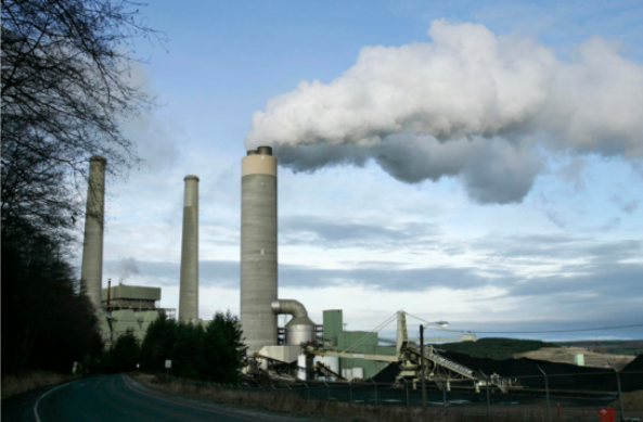 华盛顿州燃煤电厂将荒芜的景观转变为太阳能农场