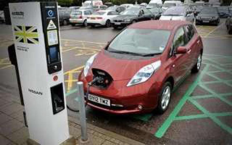 英国加快建设电动车充电设施