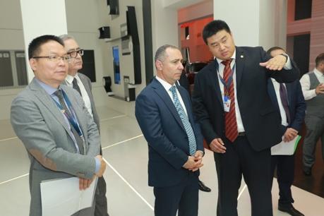 亚美尼亚能源基础设施及自然资源部来访汉能