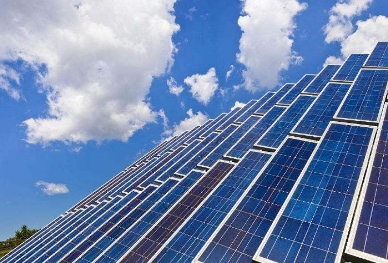 LABC与越南美国商会签署经济协议,侧重于太阳能发电基础设施建设
