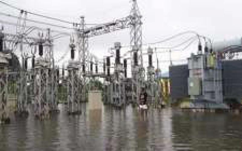 缅甸受洪水影响,部分地区已经切断了电力