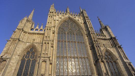英国有超过5,500座教堂拥抱可再生能源