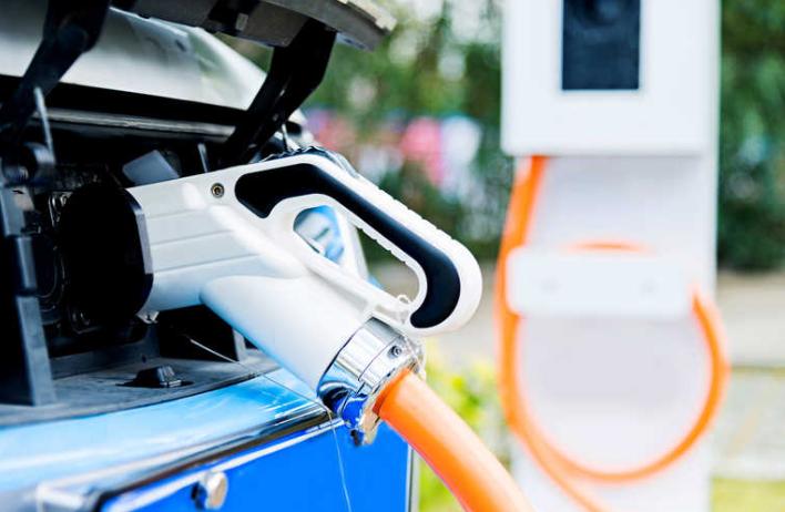 AA,Chargemaster将在4000家英国酒店安装EV充电点