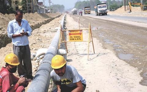 尼泊尔和印度跨境燃料管道项目采用硬盘技术