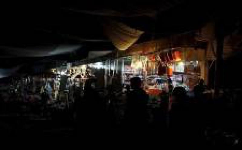 卡拉奇的许多地区都面临长达数小时的电力故障