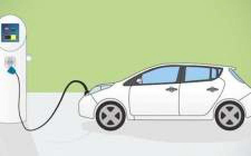 专注纯电动的车企受益明显