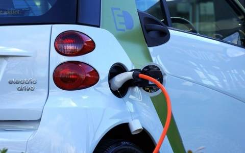 2018年克罗地亚共同资助电动汽车(EV)充电站