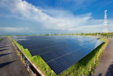 乌兹别克斯坦可能在纳沃伊地区建造中亚第一座太阳能发电厂