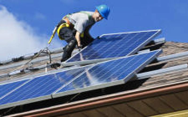维多利亚州工党提出12.4亿美元的太阳能承诺