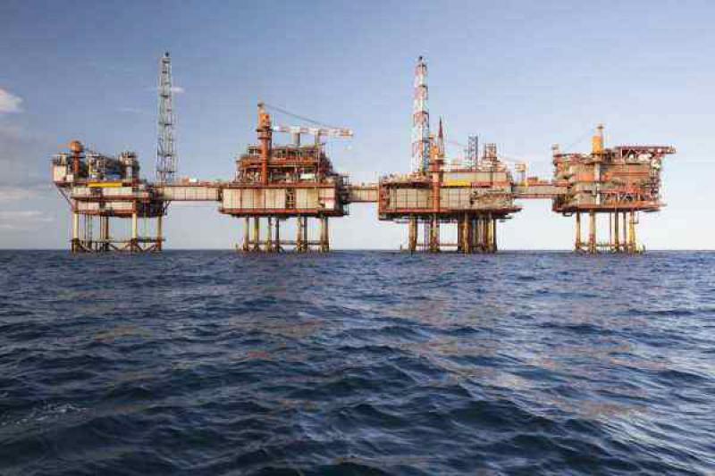 丹麦24年来首次恢复进口石油