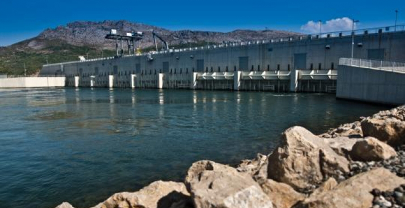 能源社区调解阿尔巴尼亚水电部门的平衡问题