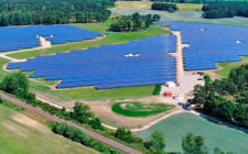德国大型太阳能拍卖的平均价格为0.0469欧元/千瓦时