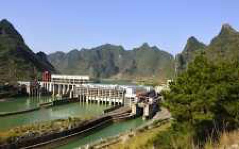 中企承建的洪都拉斯水电站主体工程完工