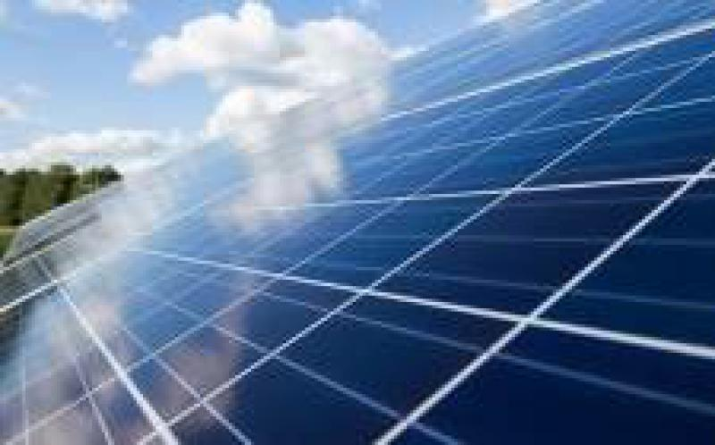 Austin Energy建议当地太阳能发电场