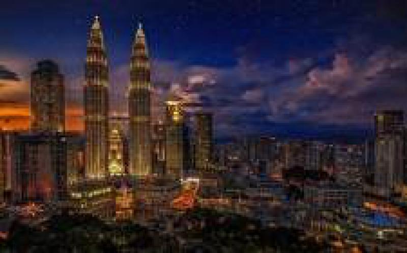 马来西亚的大型项目,净计量和太阳能租赁